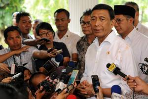 Dalih Wiranto Tak Ambil Alih Pemerintahaan pada 1998