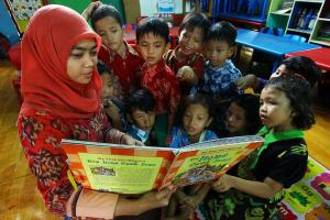Manfaat Dongeng bagi Anak