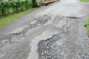 Kondisi Jalan Kabupaten Demak dan Grobogan Rusak