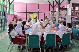 Pevita, Perpustakaan Anyar Yogyakarta Beroperasi 20 Jam