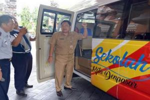 Banyumas Terima Hibah 2 Bus Sekolah dari Kemenhub
