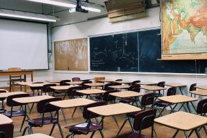 Tak Ada SMA/SMK Negeri di Tegal Selatan