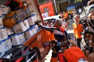 Ganjar Lepas Relawan dan Bantuan untuk Korban Tsunami