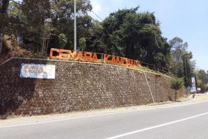 Jalur Pendakian Lawu di Cemoro Kandang Tetap Dibuka