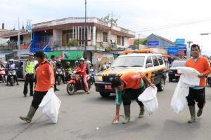Petugas Sampah Surakarta Wajib Absen 'Finger Print'