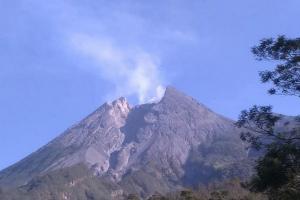 Klaten Aman dari Guguran Lava Merapi