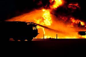 35 Kios Taman Parkir Senopati Ludes Terbakar