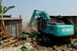 Disdag Semarang Intensif Bongkar Kios PKL