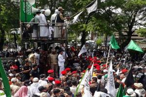 Berkas Dugaan Kampanye Ketum PA 212 Dilimpahkan ke Polresta Surakarta