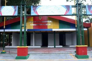 Membeludak, Peminat Lapak Pasar Buah Hutan Kota Klaten