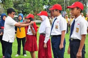 Tekan DBD, Pelajar Salatiga Jadi 'Kancil Batik'