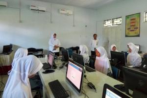SMA Muhammadiyah 2 Semarang Laksanakan UNBK Susulan
