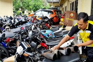 Polresta Surakarta Kandangkan Seratusan Motor 'Brong'