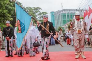 PNS Kota Pekalongan Wajib 'Sarungan' saban Jumat