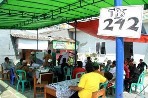 Pemkab Brebes Beri Santunan kepada KPPS