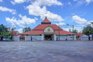 Masjid Gede Kauman Sediakan Gulai Kambing untuk Berbuka