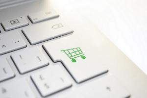 Pedagang Online di Solo Protes Pembatasan Medsos