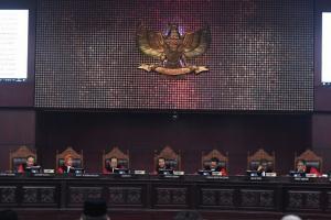 MK Tolak Gugatan Pilpres Prabowo-Sandi