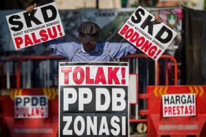 Pangkal Masalah PPDB Versi DPRD Jateng