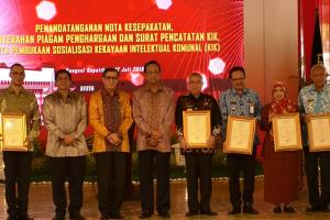 Pemda Se-DIY Sabet Penghargaan Kekayaan Intelektual