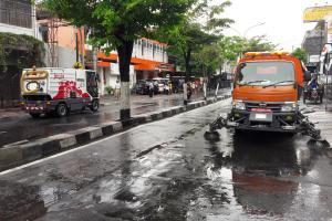 PKL Titik Nol Kerja Bakti Bersihkan Malioboro