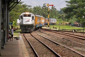 Awal September, Tiket KA Lokal Dibeli via Aplikasi