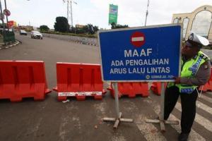 Jalur Tuban-Rembang Ditutup sejak Sabtu Pagi