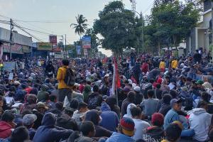 Polisi Tangkap 42 Orang sela Aksi