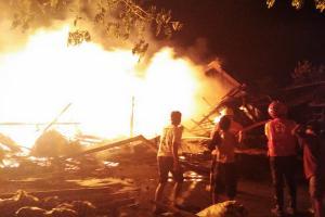 Sebanyak 91 Lapak Pasar Nglangon Sragen Terbakar