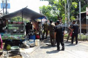 PKL Semarang Boleh Berjualan di Trotoar dengan Syarat