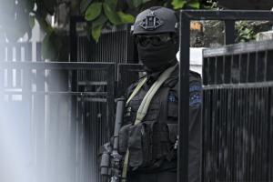 Densus 88 Bekuk Polwan Simpatisan ISIS di Bantul