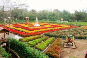 Kampung Flory Sleman Juara Ekowisata Terpopuler 2019