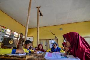 7.809 Ruang SMA Sederajat di Jateng Rusak