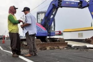 Belum Genap Sebulan Diresmikan,  Jalan Lingkar Selatan Pati Ambles
