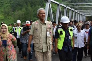 Pemkab Pekalongan Tegaskan Larangan Menambang di Bawah Jembatan Kalikeruh
