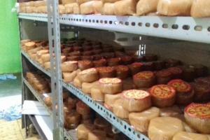 Perajin Kue Keranjang di Solo Keluhkan Kenaikan Ongkos Produksi