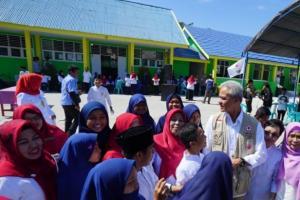 Delapan Sekolah dan Masjid Bantuan Jateng Untuk Sulawesi Diresmikan Ganjar