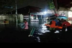 Ratusan Orang di Pekalongan Kembali Mengungsi karena Banjir