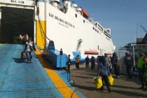 Sebanyak 181 TKI dari Malaysia Telah Tiba di Pelabuhan Tanjung Emas Semarang