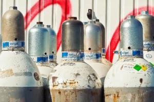 Pemerintah Buka Opsi Impor Oksigen