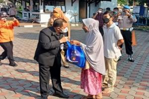 Pemkab Semarang Salurkan Bantuan 23 Ribu Paket Beras
