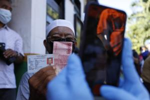 Komisi II DPR RI Desak Pemda Segera Cairkan Bansos Tunai