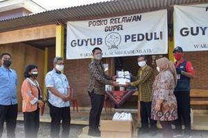 Relawan Covid-19 Dusun Warak Kidul Sleman Terima Bantuan APD