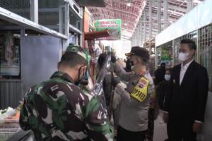 Pedagang Pasar Pagi Kaliwungu Kendal Divaksinasi
