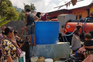 BPBD Pemalang Salurkan Bantuan Air Bersih
