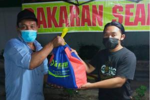 Bank Klaten Beri Sembako untuk 226 Pedagang Kaki Lima