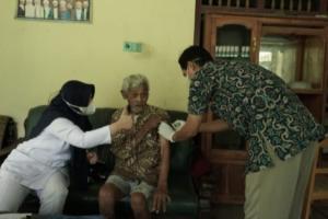 Puskesmas Pringsurat Temanggung Jemput Bola Vaksinasi Difabel