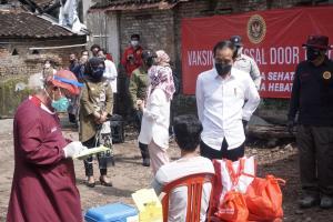 Presiden Jokowi Apresiasi Vaksinasi Door to Door di Klaten