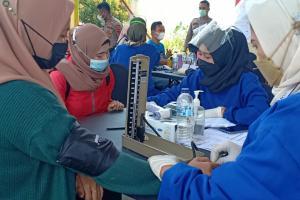 Vaksinasi Pekerja di Temanggung Capai 17 Ribu