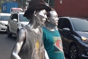 'Manusia Silver' Menjamur, Pemkot Semarang Kaji Ulang Model Pembinaan
